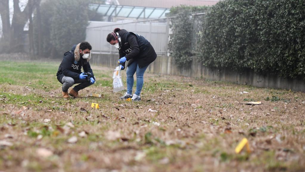 Racisme dans foot italien: Conte veut une «pause» du championnat, Salvini refuse