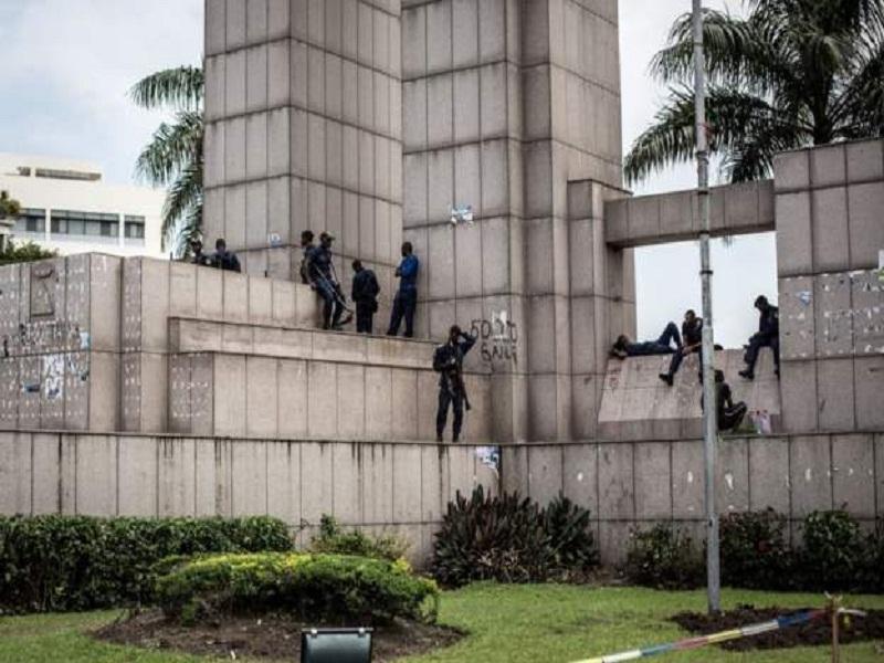 L'armée 'boucle' la CENI en RDC