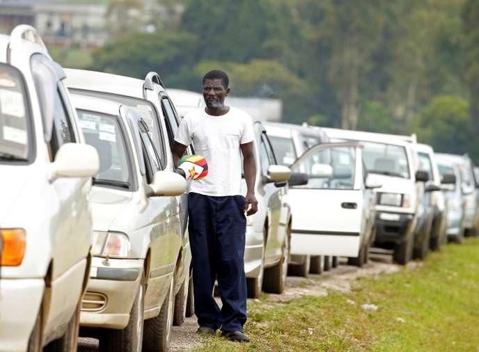 Le Zimbabwe secoué par des manifestations contre la hausse du prix de l'essence