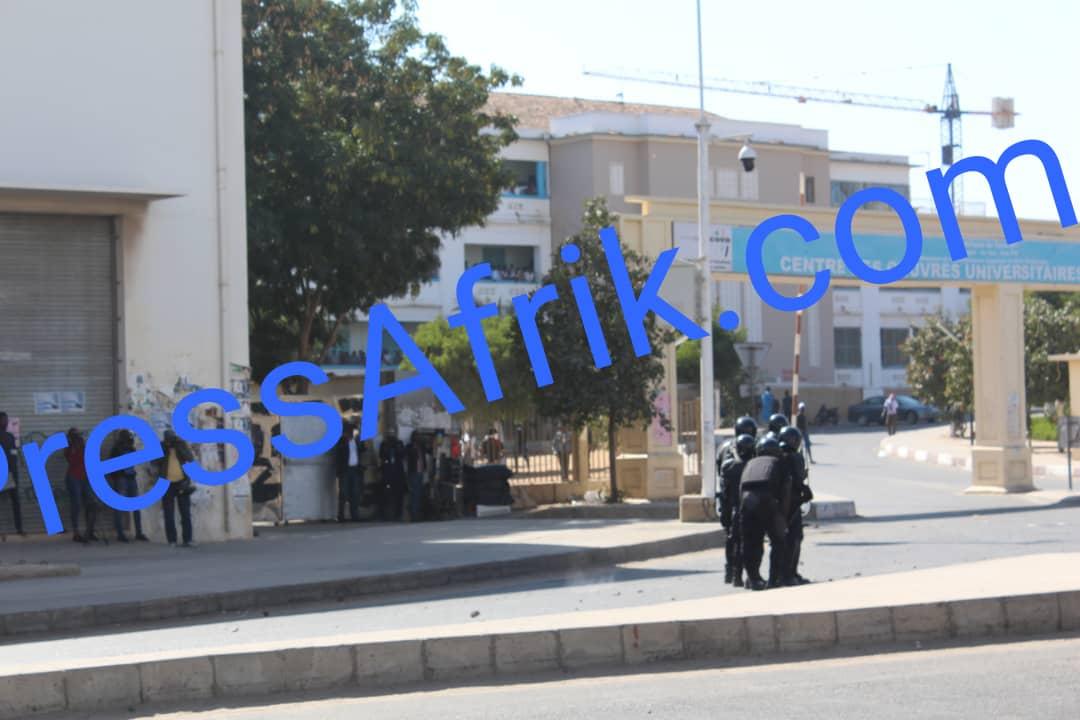 DIRECT UCAD - Les jeunes de l'opposition ont ouvert les hostilités