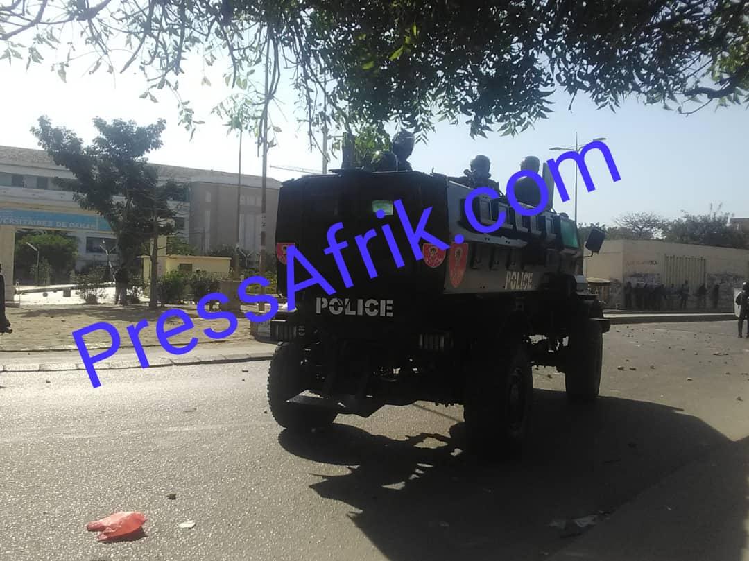 PHOTOS - L'armada de l'Etat pour contrer les manifestants