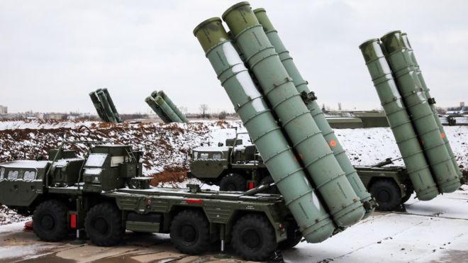 La Russie suspend sa participation à un traité nucléaire