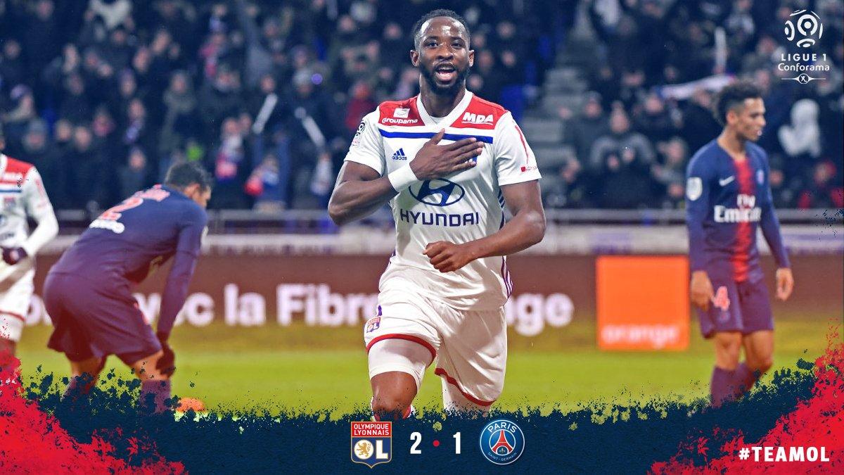 Lyon met fin à l'invincibilité du PSG en Ligue 1 et reste à trois points de Lille