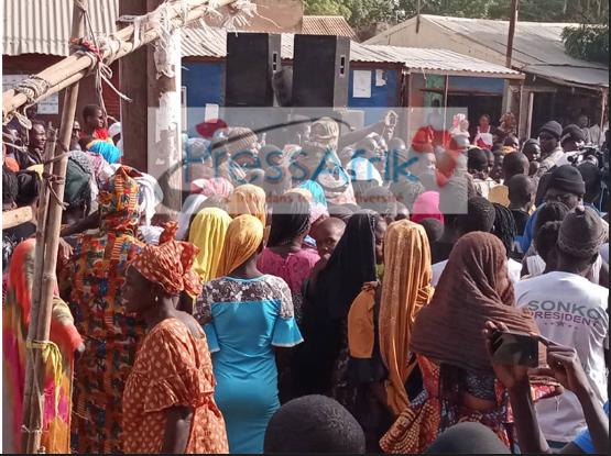 """Idrissa Seck devient """"le Nouvel espoir"""" des habitants, """"déçus"""" par Macky Sall (REPORTAGE A SOKONE)"""