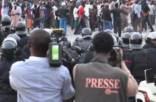 """Les organisations de médias haussent le ton et parlent de """"tentative d'assassinat"""""""