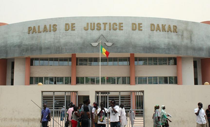 Tribunal de Dakar : deux étudiants et un ingénieur jugés pour prostitution en ligne