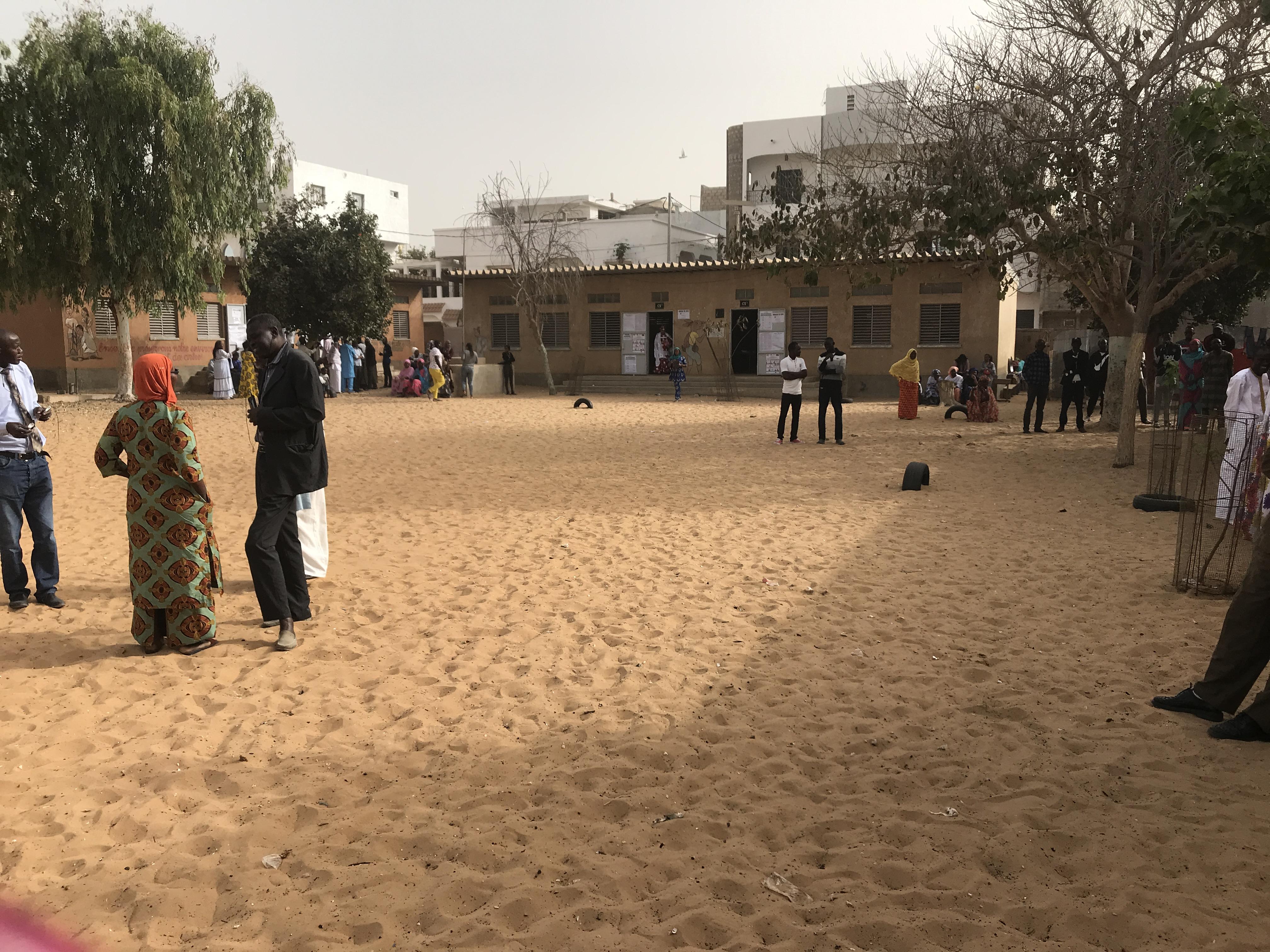 #Scrutin24février2019 - Guédiawaye: Relative affluence dans les centres de vote