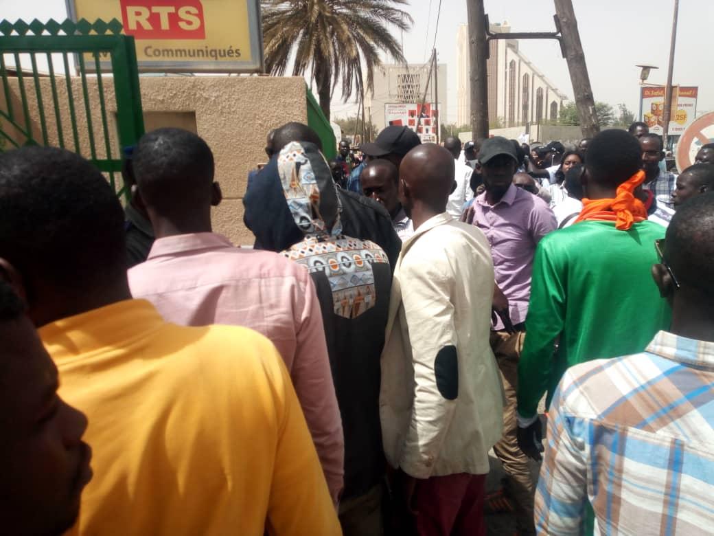 """Mory Gueye, responsables des jeunes de """"Idy 2019"""" avertit: """"Nous ne laisserons pas Macky quitter le Sénégal jeudi"""""""