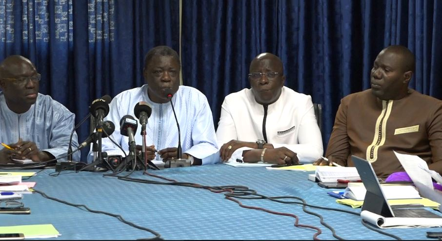 """""""Idrissa Seck a reconnu implicitement la victoire de Macky"""", selon les avocats de ce dernier"""