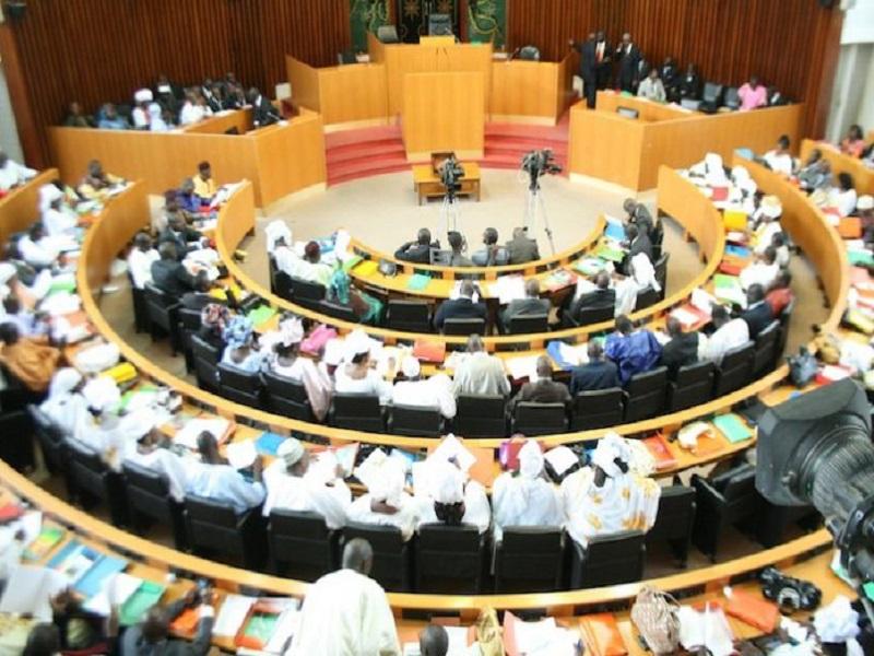 Dissolution de l'Assemblée : le «oui mais… » de l'APR