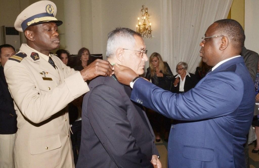 Robert Bourgi suspendu de l'ordre de la Légion d'honneur française pour 5 ans
