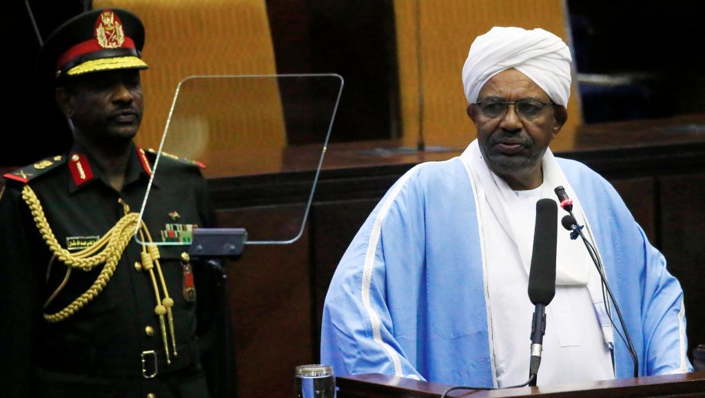 Soudan: en pleine crise, le parti au pouvoir reporte son congrès national