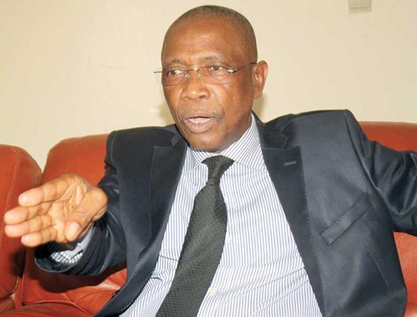 """La réponse sèche d'El Hadji Kassé: """"le Président fait deux mandats, un point, un trait"""" !"""