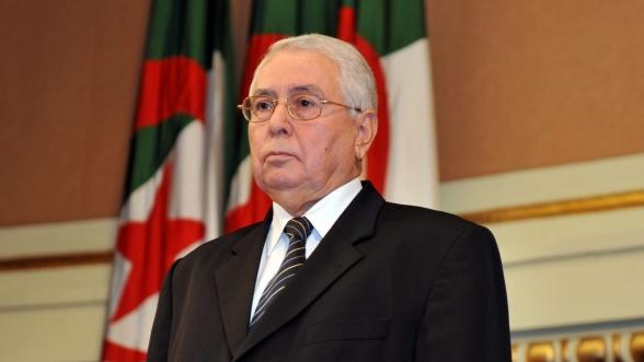Algérie: Abdelkader Bensalah président par intérim malgré l'opposition de la rue