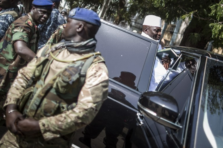 Gambie : arrestation de deux proches de Yaya Jammeh