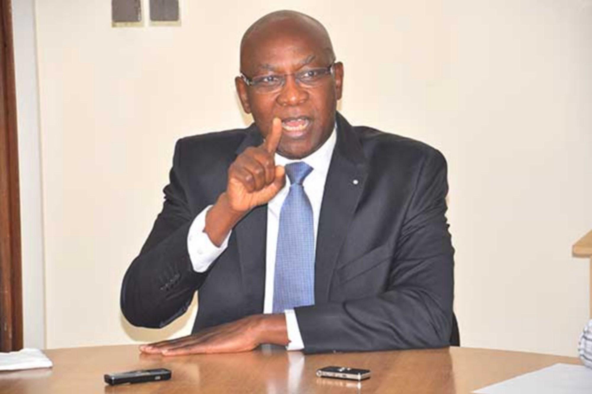 """Contrat d'affermage de l'eau: Serigne Mbaye Thiam promet de """"tout faire dans les règles de l'art"""""""