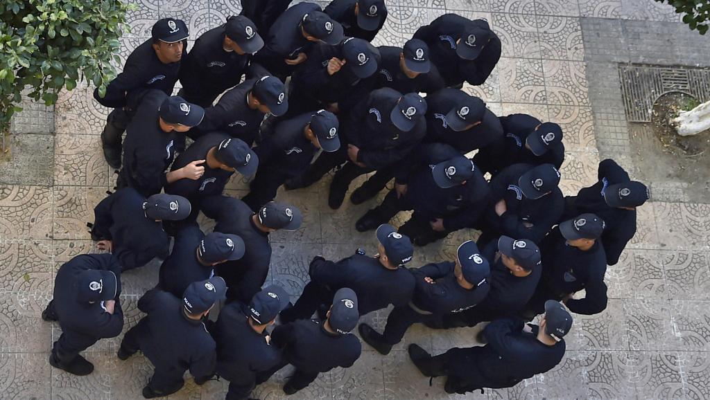 Algérie: vaste opération anticorruption