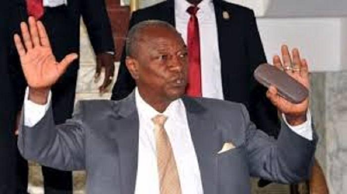 Fraude supposée de joueurs guinéens: Le président Alpha Condé et son ministre des Sports s'en mêlent