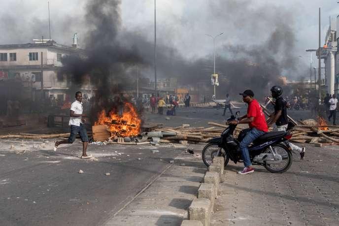 Au Bénin, heurts entre manifestants et forces de l'ordre autour de la résidence de Boni Yayi