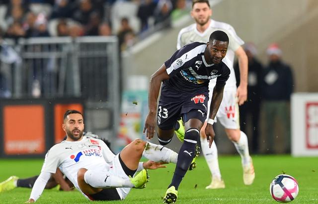 Indésirable à Bordeaux, Younousse Sankharé pisté en Liga