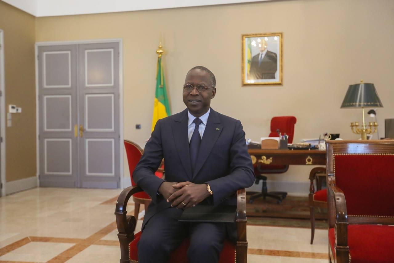 Macky Sall promulgue la loi portant suppression du poste de Premier ministre