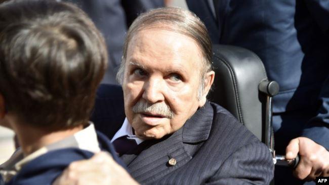 Algérie : deux procureurs et le patron d'un organe anticorruption limogés