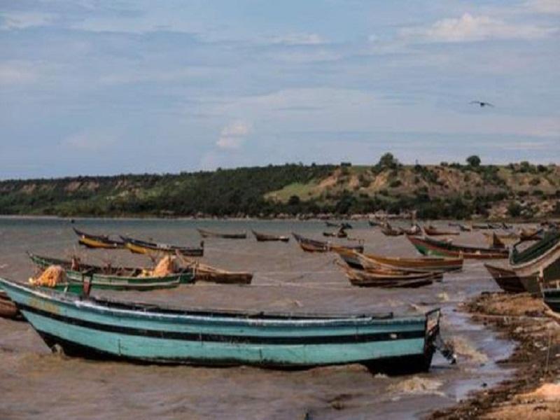 Ouganda : une pirogue chavire avec des footballeurs sur le lac Albert