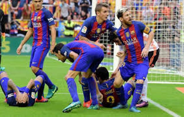 Finale Coupe du roi: le Barça perd 2-1 face au Valence