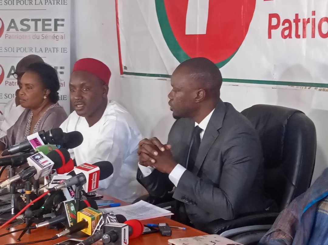 """Ousmane Sonko tire sur Decroix et Cie: """"Ils sont tous pressés de serrer la main du Président"""""""