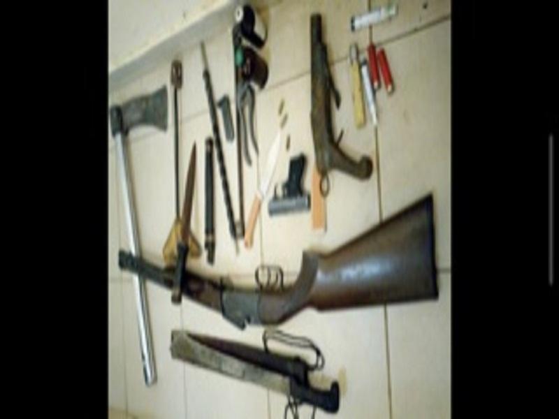 Tivaouane: le Caïd A.Sow et son père arrêtés, des armes à feu et autres armes blanches découvertes