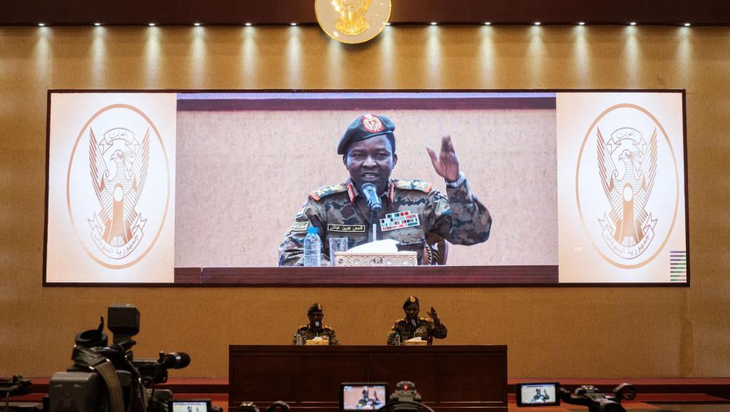 Soudan: les militaires appellent de nouveau les civils à la négociation