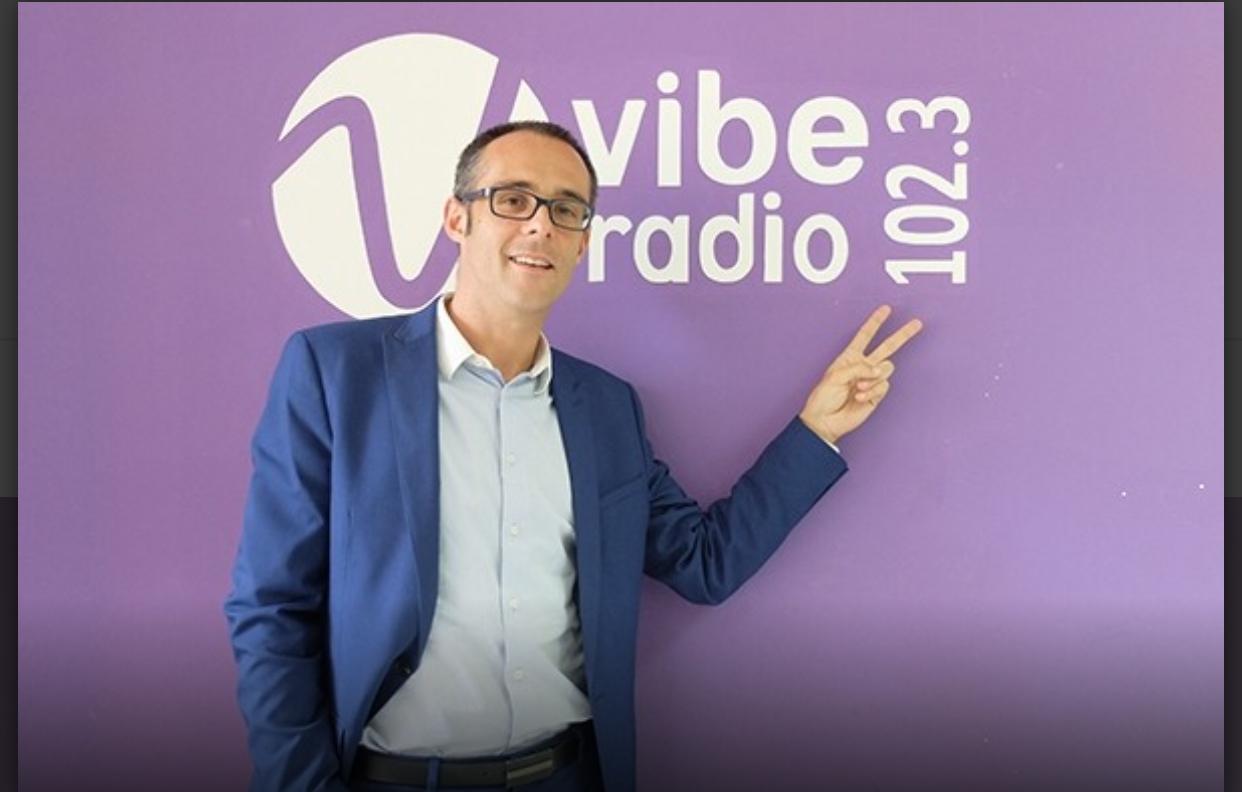 """L'ex-DG de Vibe Radio Gabriel Bartolini """"relaxé"""": ce qui s'est réellement passé"""