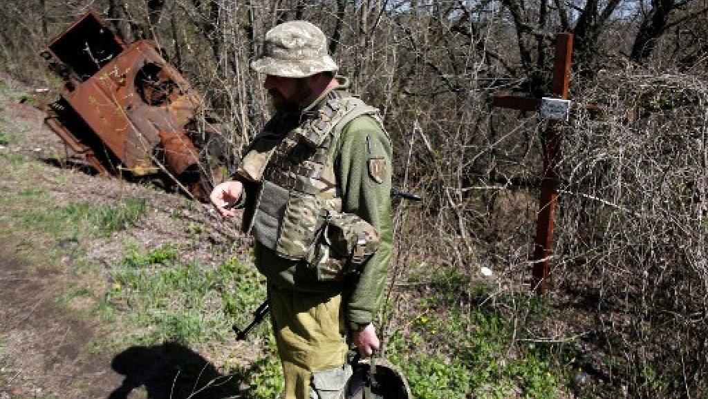 Dans l'est de l'Ukraine, les belligérants amorcent un désengagement historique