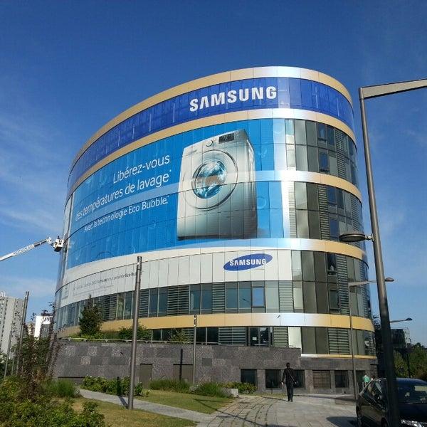 France: la filiale française de Samsung inculpée pour pratiques commerciales trompeuses pour de possibles violations des droits humains