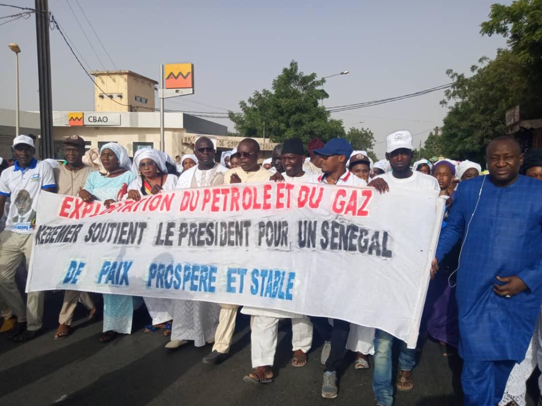 Affaire Aliou Sall: A Kébémer, les membres du parti au pouvoir marchent pour soutenir le président Macky Sall