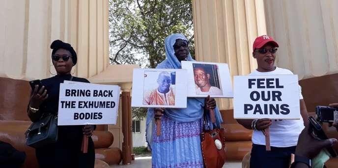 Manifestation de soutien à la 'victime' de Jammeh en Gambie