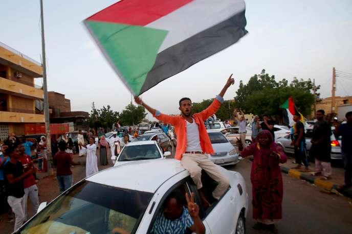 Soudan : militaires et opposants se sont enfin mis d'accord sur la transition politique
