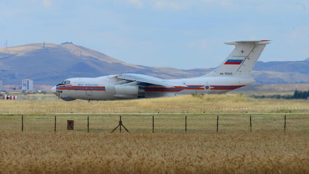 Russie: la livraison à la Turquie de missiles S-400 a commencé