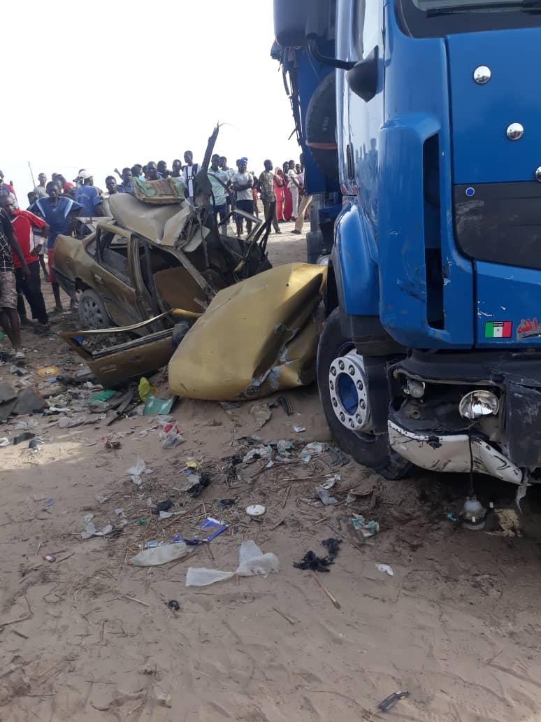 URGENT - Un violent choc entre camion et un taxi-clando sur le chemin des ICS fait deux morts (Photo)