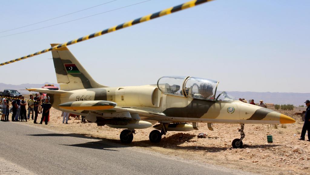 Atterrissage d'un avion libyen en Tunisie: le pilote aurait fait défection