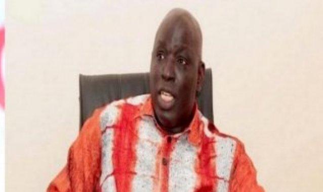 """Abdoul Mbaye porte plainte contre Madiambal Diagne et son journal """"Le Quotidien"""""""