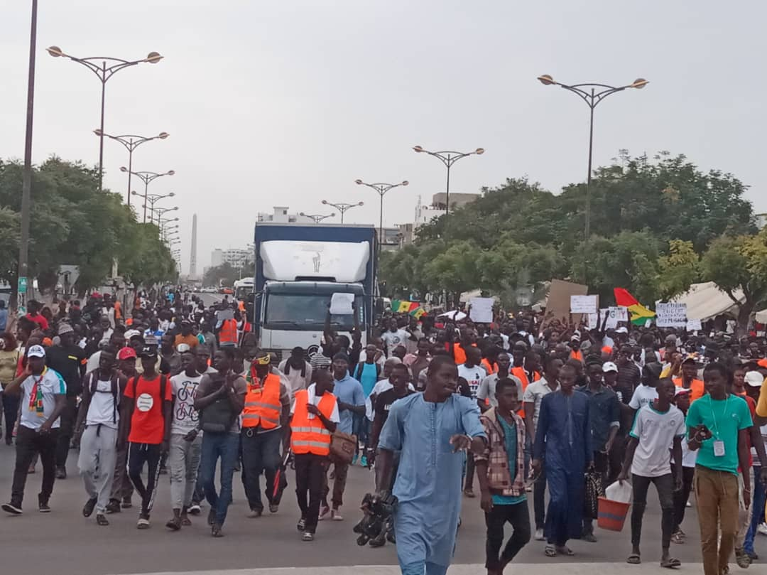 Dakar: des centaines de personnes ont manifesté pour la libération de Guy Marius Sagna et Adama Gaye