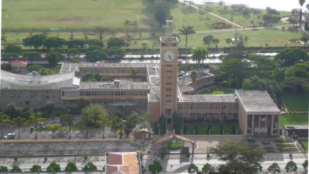 Une députée kényane expulsée du Parlement pour y avoir emmené son bébé