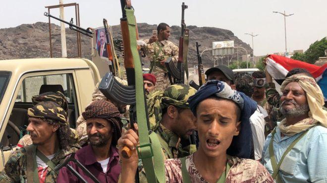 Les séparatistes s'emparent du palais présidentiel au Yémen