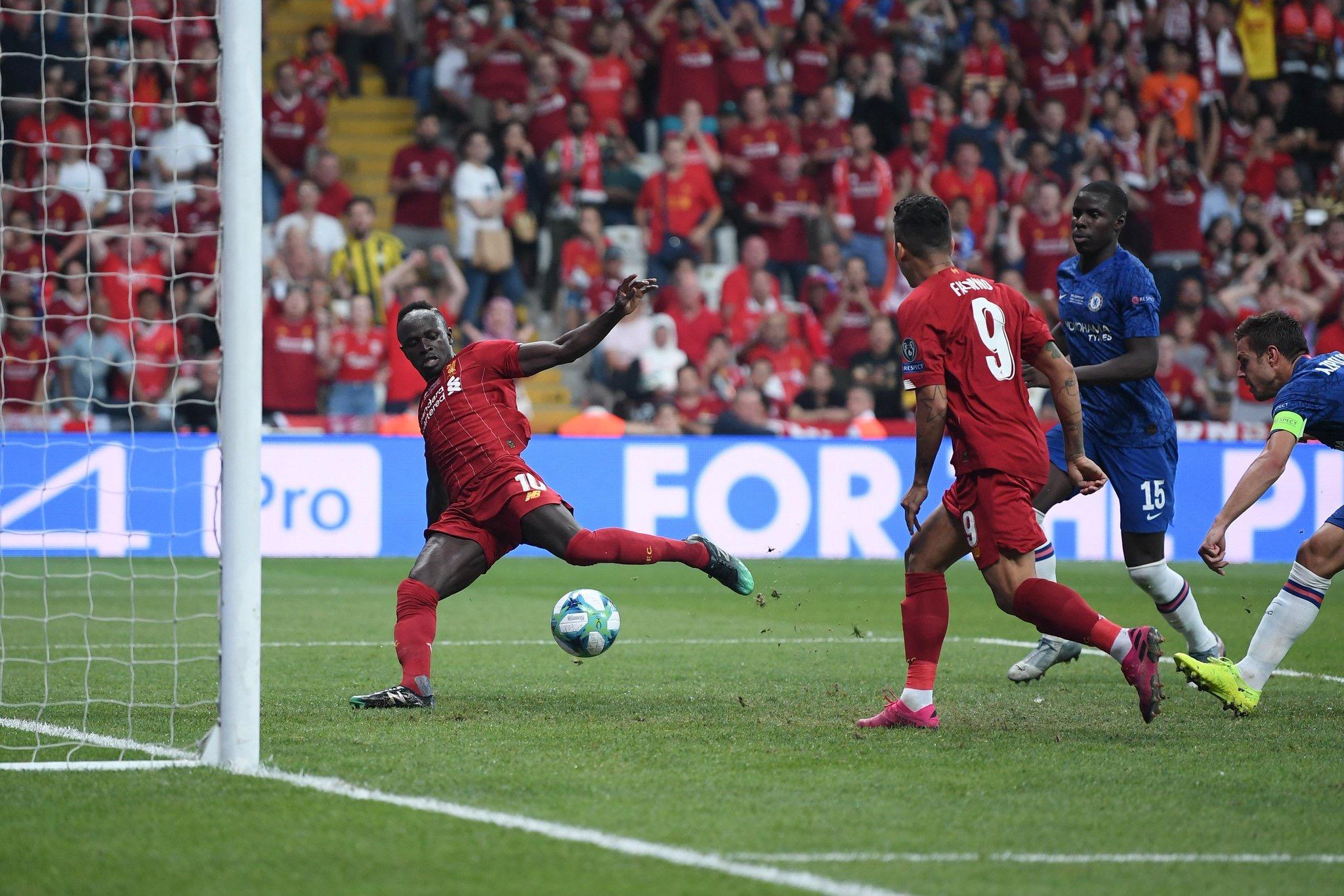 Finale Supercoupe d'Europe: Mané donne l'avantage à Liverpool (2-1)