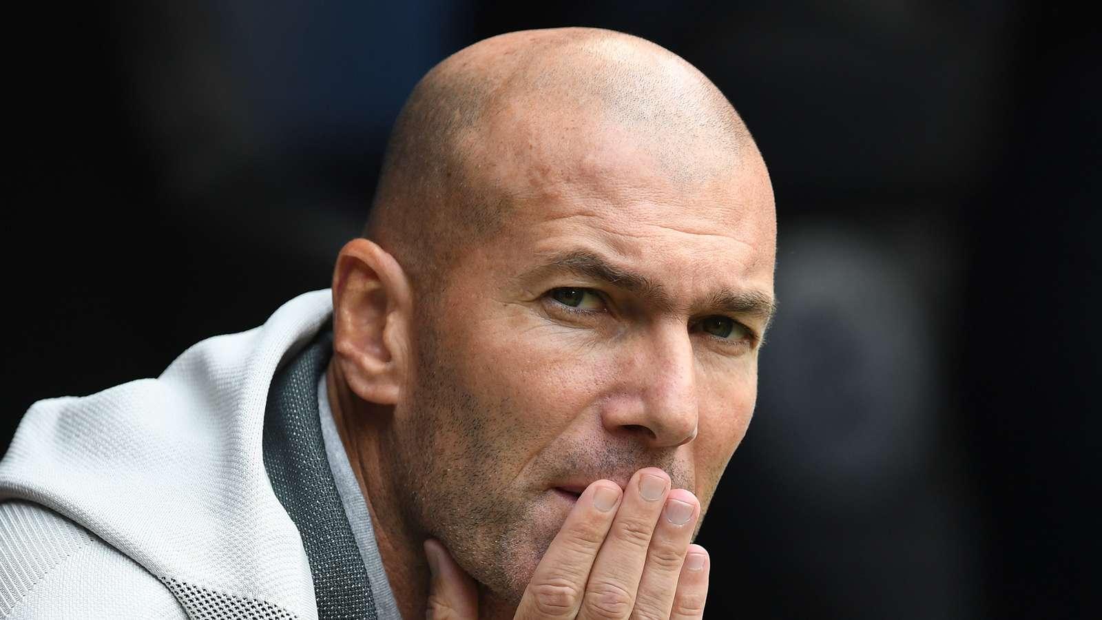 Zidane, frustré au Real Madrid, penserait déjà à rendre son tablier