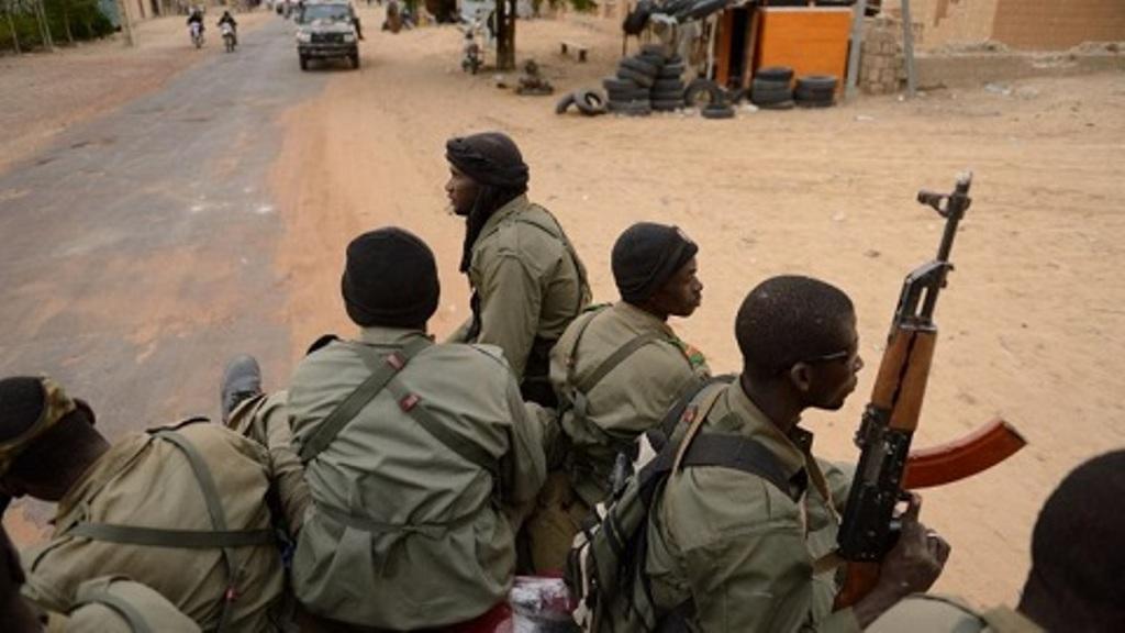 Burkina Faso : le bilan s'alourdit à 24 morts dans l'attaque contre une base militaire