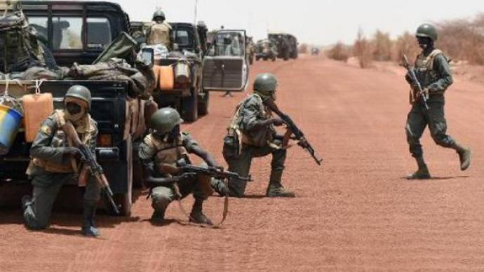Insécurité au centre : Le groupe d'autodéfense de Douna repousse une attaque terroriste avec l'aide des FaMas