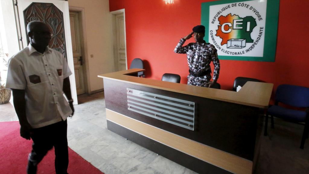 Commission électorale en Côte d'Ivoire: l'opposition continue de faire pression