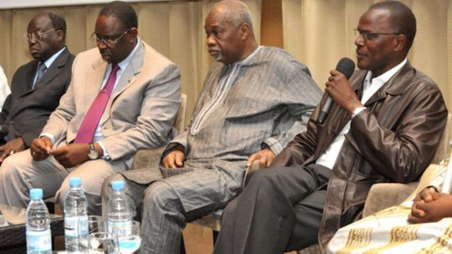 """Décès de Amath Dansokho: le Président Macky Sall rend hommage à """"un combattant de la liberté et du progrès"""""""
